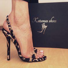 """Mi piace"": 4,927, commenti: 49 - -PL (@platinum__lifestyle_) su Instagram: ""#sexy @mariakotsona_shoes Via @real.shoes ✔️ #hot #goodnightpost"""