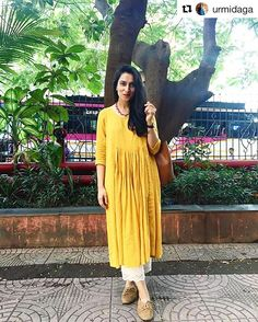 The gorgeous lady Urmi in our sunshine boho dress. Love her style take.  #Repost @urmidaga with @repostapp ・・・ Wearing: Dress/Kurta, @kharakapas | Pants, local store (Santacruz)| Shoes, Zara  #WWHdaily #kharakapas #handcrafted #cottonclothing #onlycotton #handmade #welksryles #outfitpost #postoftheday #wellstyled #trandreport #streetstyle #mumbailife #mumbailocal