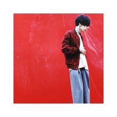 赤がとってもよく似合う⠒̫⃝ 素敵ね♥️大好き♥️ カズレーザーより似合ってんよ( ⸝⸝⸝¯ ¯⸝⸝⸝)♥ #米津玄師#米民#米津玄師さん好きな人と繋がりたい#赤の似合う男#今日も尊し One Ok Rock, Singer, Kiyo, Music, People, Bands, Japan, Instagram, Musica