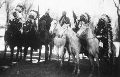Six tribal leaders at  Theodore Roosevelt's inaugural parade March 4, 1905. (L-R) Little Plume (Piegan), Buckskin Charley (Ute), Geronimo (Chiricahua Apache), Quanah Parker (Comanche), Hollow Horn Bear (Sicangu Lakota), American Horse (Oglala Lakota).