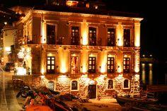 Hotel and Restaurant in Chianalea, Scilla. Suggestive place www.ubais.it