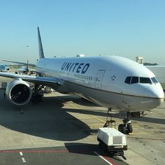#taxi de regreso a #casa @united #boeing #B777 #staralliance