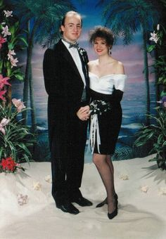 35 Awkward Prom Pictures From The Early '90s - BuzzFeed Mobile