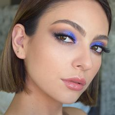 Best Winter Makeup Looks For Your Inspiration; Makeup Looks; Winter Makeup Looks; Smoking Eye Makeup Looks; Trendy Makeup Looks; Latest Makeup Looks; Blue Eyeshadow Makeup, Eye Makeup Tips, Makeup Trends, Makeup Inspo, Makeup Art, Makeup Inspiration, Makeup Crafts, Makeup Ideas, Blue Eyeshadow Looks