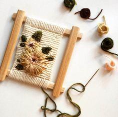 Jewelry Jewelry - Still Missing - weberei Basic Embroidery Stitches, Learn Embroidery, Hand Embroidery Stitches, Cross Stitch Embroidery, Handmade Leather Jewelry, Diy Broderie, Colette Patterns, Loom Weaving, Weaving Techniques