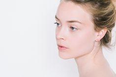 The Lines collection is built around the idea of an elegant simplicity, and the Large Circle earrings have a pure line and are very versatile : shiny and light, they can be worn day and night. They are made of sterling silver.