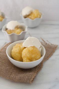 Golden Syrup Dumplings - An Australian dessert (using microwave! Diabetic Desserts, Fun Desserts, Delicious Desserts, Dessert Recipes, Golden Syrup Dumplings, Sweet Dumplings, Australian Desserts, Australian Food, Australian Recipes