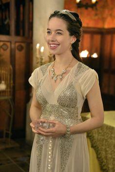 reign' anna popplewell' series 2