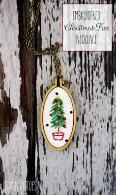 Embroidered Christmas Tree Necklace DIY
