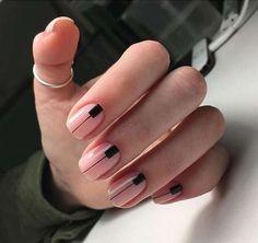 66 natural summer nails design for short square nails. Minimalist Nails, Nail Art Diy, Diy Nails, Short Square Nails, Short Nails, Square Nail Designs, Modern Nails, Spring Nail Art, Manicure E Pedicure