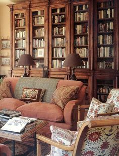 Trendy home library decor bookshelf styling Ideas Home Library Decor, Home Library Design, Small Space Interior Design, Family Room Design, Library Table, Cozy Library, Audio Room, Paint Colors For Living Room, Trendy Home