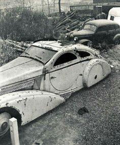 1925 Rolls Royce phantom in the scrap heap!