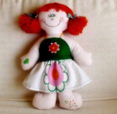 Istruzioni dettagliate su come realizzare una tenerissima bambola di pezza!
