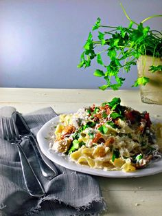 The Spoon and Whisk: Speedy Pappardelle Pasta with Parma Ham, Mushrooms and Peas