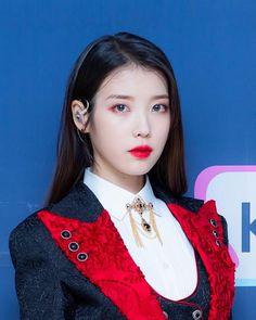 Eun Ji, Iu Hair, Love U Forever, Cute Korean Girl, Foto Jungkook, Barbara Palvin, Kpop Outfits, Korean Actors, Kpop Girls