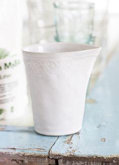 Mia Blanche Keramik - Mjölkkanna med Spetskant / Milkjug with lace