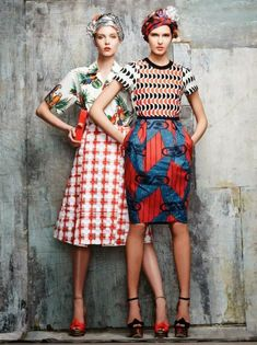 These colors, these outfits, the pattern mixing. Look fashionable and be comfortable. Foto Fashion, Fashion Moda, High Fashion, Womens Fashion, Fashion 2014, Fashion Edgy, Fashion Gallery, Fashion Ideas, Stella Jean