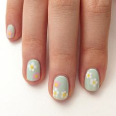 11 Easy-to-DIY Nail Art Designs: Try this minimalist approach to sparkling nail art for a fancy night out.: This pastel palette of flowers is an easy way to wear a floral print on your nails. Daisy Nail Art, Daisy Nails, Floral Nail Art, Nail Art Diy, Flower Nails, Easter Nail Designs, Simple Nail Art Designs, Spring Nail Art, Spring Nails