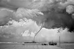 "© Mitch Dobrowner. ""Rope Out,"" Regan, North Dakota, 2011."
