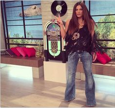 The 'wild wild girl', mairiboo! Wild Girl, Bell Bottoms, Bell Bottom Jeans, My Style, Celebrities, Greek, How To Wear, Pants, Outfits