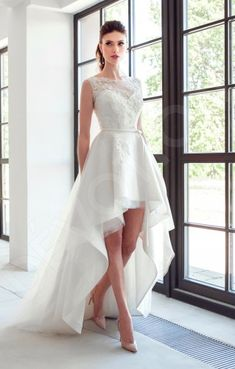 Wedding Dress Photos - Find the perfect wedding dress pictures and wedding gown photos at WeddingWire. Browse through thousands of photos of wedding dresses. Hi Low Wedding Dress, Wedding Evening Gown, Luxury Wedding Dress, Wedding Dresses Photos, Perfect Wedding Dress, Evening Gowns, Reception Dresses, Gown Photos, Bridal Gowns