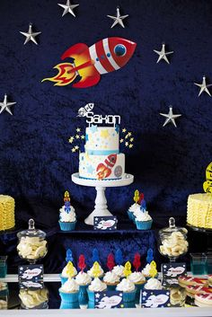 Rockets / Outer space Birthday Party Ideas | Photo 1 of 10