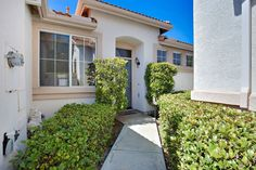 8291 Gold Coast Dr  3, San Diego, CA 92126. 3 bed, 2 bath, $499,000. Beautiful home locat...