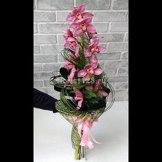 Orchid Flower Arrangements, Orchids, Floral Wreath, Bouquet, Wreaths, Flowers, Handmade, Inspiration, Large Flower Arrangements