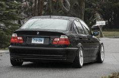 Let me see some slammed BMW sedans please! E46 Limousine, Bmw E46 Sedan, Bmw 3 E46, E46 M3, Bmw Girl, Bmw 3 Series, Slammed, Sticks, Vehicle