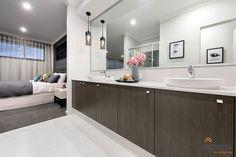 Double basin ensuite in the luxury master suite. Ventura Homes, Storey Homes, Display Homes, Corner Bathtub, Master Suite, Basin, House Design, Entertaining, Luxury
