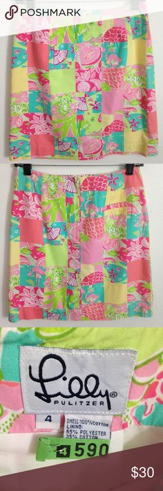 "Lilly Pulitzer ""Tropical Patch"" Skirt size 4 Lilly Pulitzer white label ""Tropical Patch"" Skirt size 4. Measurements taken flat: 14"" waist, 20"" bottom hem width, 18.5"" length. Freshly dry cleaned. Lilly Pulitzer Skirts A-Line or Full"