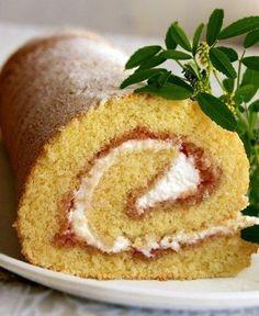 Фото к рецепту: Рулет или рецепт очень удачного бисквита