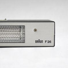 Braun electrical - Photo - Braun F 26 flash unit