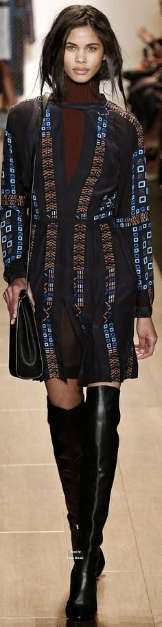 BCBG Max Azria Fall 2015 Ready-to-Wear
