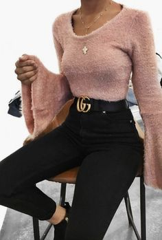 59 Inspiration Outfits That Will Make You Look Cool Amazing Outfit Ideas Fashion Pants, Look Fashion, 90s Fashion, Trendy Fashion, Winter Fashion, Fashion Outfits, Fashion Trends, Fashion Clothes, Fashion Mode