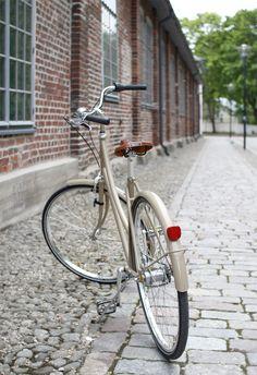 Pihkala: BROOKLYN, SILMÄTERÄNI Brooklyn, Bicycle, Bicycle Kick, Bicycles, Bike, Bmx, Cruiser Bicycle