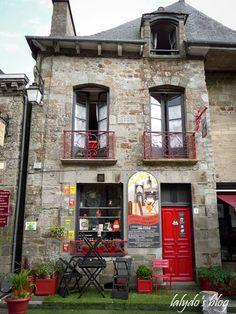Bécherel, Bretagne, Côtes d'Armor, France, cité du livre. Love the red iron work and door!