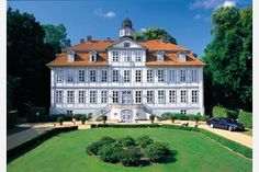 Hotel Schloss Lüdersburg is probably the most beautiful hotel in Lüdersburg ✓ Spa ✓ Romantic ✓ Palace ▻ Price Comparison > Save up to Beautiful Places To Travel, Beautiful Hotels, Parks, Golf Holidays, Spa Hotel, Lower Saxony, Germany Castles, Europe, Hostel