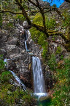 Não prometemos ter todas as mais belas quedas de água, em Portugal. E até pode…