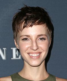 View yourself with this Emma Fitzpatrick Layered Dark Brunette Pixie Cut Short Silver Hair, Medium Short Hair, Very Short Hair, Short Straight Hair, Short Hair With Bangs, Cute Hairstyles For Short Hair, Casual Hairstyles, Short Hair Cuts For Women, Pixie Hairstyles