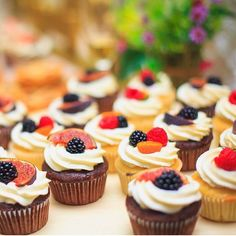 Cupcakes to go with wedding cake