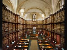 Libraries in Rome: Vatican Library, Angelica Library, Vallicelliana Library and other historic libraries in Rome.