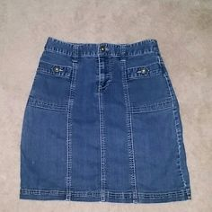 Denim skirt Gently loved Denim skirt. This skirt is in good condition. Is comfortable and has some stretch to it. Christopher & Banks Skirts