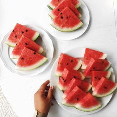 Little watermelon party with - More on my Insta Stories😂 Plant Based Nutrition, Health And Nutrition, Mimi Ikonn, Dessert Aux Fruits, Organic Fruit, Raw Vegan, Family Meals, Lose Weight, Weight Loss