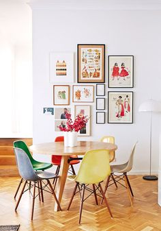 Love this fun art/photo layout.  classicly colorful. / sfgirlbybay (the design files)