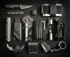 Now this is a survival kit I want. Operator Travel EDC + SERE Gear Kit. #survivalgear