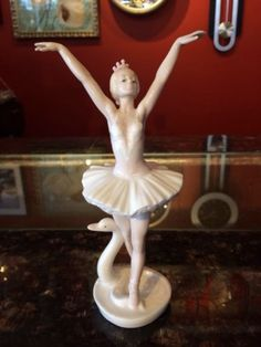 Porcelain-Statue-Ballerina-With-Swan