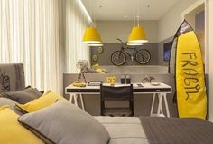 A little bit of yellow and grey!