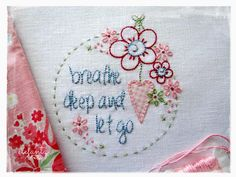 Jenny of ELEFANTZ: Tutorial - a window framed stitchery...