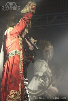 We are Versailles!